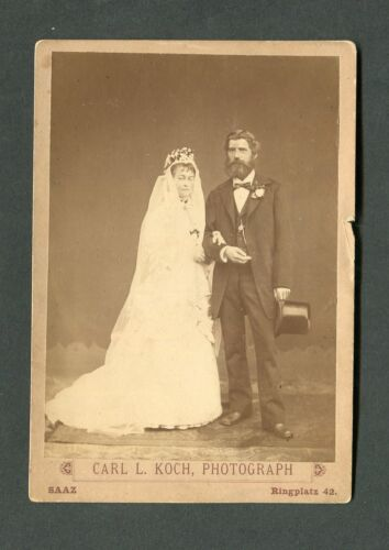 Vintage Cabinet Photo Portrait Wedding Day Bride & Groom 445106