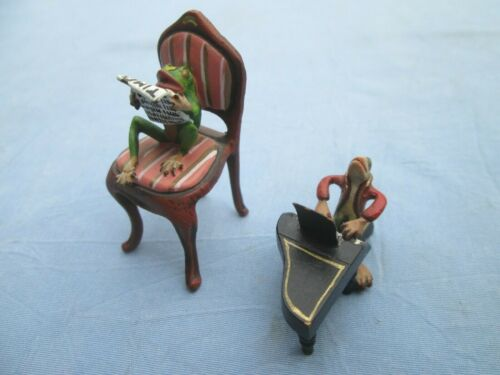 Antique Austrian Vienna Cold Painted Bronze Frogs Piano & Reading the Times No R