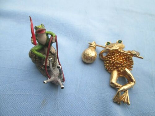 Vtg. Vienna Cold Painted Bronze Frog Riding Snail Cute & Hobo Frog Pin/Necklace