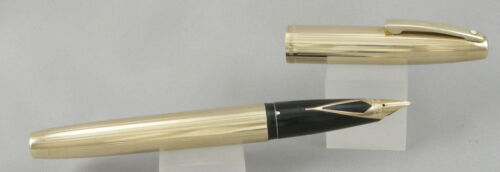 Sheaffer Imperial 12kt Gold Filled Lines Pattern Fountain Pen - 1970's - M Nib