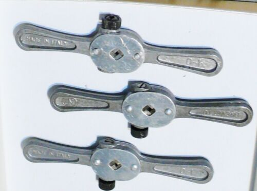 lotto di N° 3 GIRAMASCHI Tap Wrenches Meccanica Fine Orologiaio Watchmakers Tool