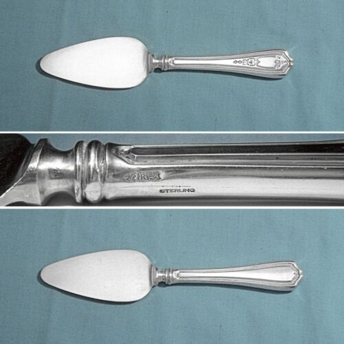 REED & BARTON STERLING HANDLE CHEESE SERVER ~ HEPPLEWHITE - CHASED ~ NO MONO