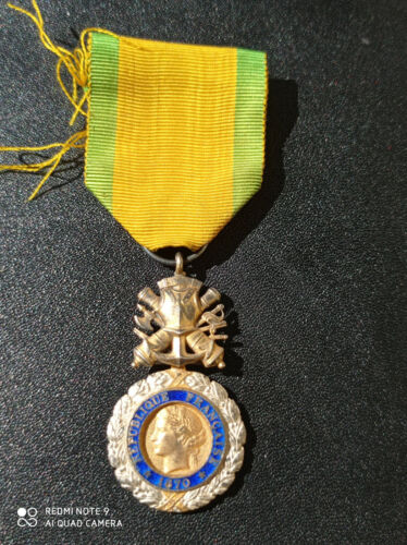 I12S) Médaille militaire VALEUR 1870 guerre 14/18 cross  french medal ww1
