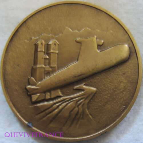 MED10384 - MEDAILLE TECHNICATOME SOUS MARINS NUCLEAIRES TYPE REDOUTABLE 1964-92