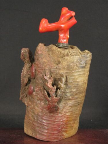 Fine Chinese Lizard On Tree Carved Natural Shoushan Stone Snuff Bottle