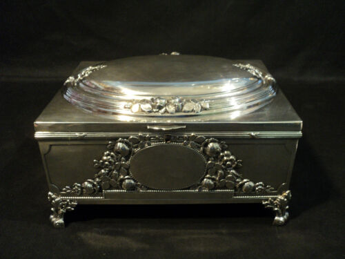 STUNNING ANTIQUE SILVER PLATE LIDDED JEWELRY / CASKET BOX, REPOUSSE ROSE DESIGN