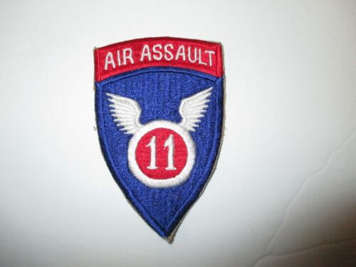 b4151 US Army 11th Air Assault Division pocket patch red top IR38BReproductions - 156445