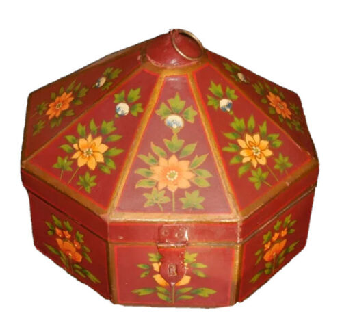 Antique Red Painted Octogonal Wood Painted Box   Primitive.