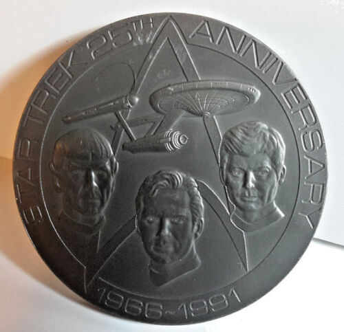 1991  Star Trek 25th Anniversary Frankin Mint Large Pewter Coin- Boxed (M5887)