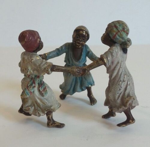 CUTE MINIATURE AUSTRIAN BRONZE COLD PAINTED SCULPTURE, CHILDREN PLAYING