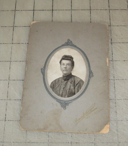 "Schoolmarm Looking 4"" x 6"" Cabinet Photo - Brockmeyer - East St. Louis, ILLINOIS"