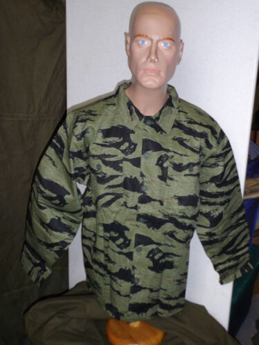ust(L) US SPECIAL FORCES TIGER STRIPE UNIFORM Large W4CReproductions - 156445