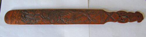 VINTAGE ORIENT HAND CARVED BACCARAT PADDLE BAMBOO INTRICATE DESIGN SWORD HANDLE