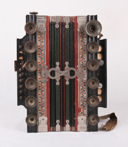 WORKS Antique Novitat Accordion from Germany, Beautiful, Needs some work