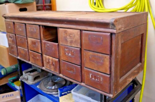 ANTIQUE LIBRARY CARD CATALOG CABINET FILE by SHAW WALKER Muskegon Michigan