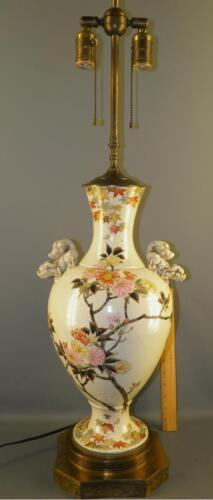 ANTIQUE LARGE ASIAN POTTERY VASE FLORAL FOO DOGS BANQUET TABLE LAMP 36''HIGH