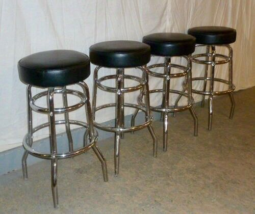 4  CHROME  SWIVEL  STOOLS  WITH  LEATHER  TOPS