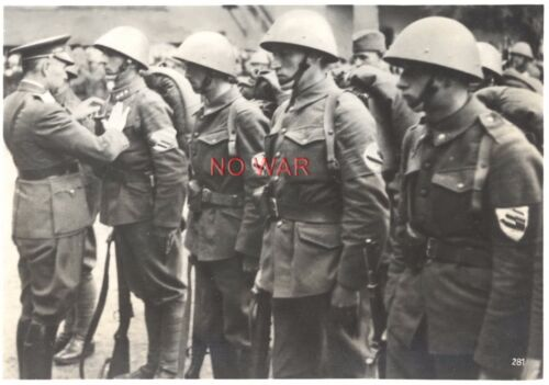 WWII ORIGINAL GERMAN WAR PHOTO OFFICER AWARDING Czech SOLDIERS W HELMETPhotographs - 104000