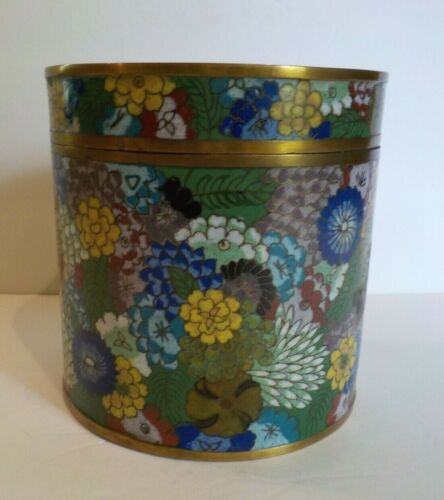 """19th C. Chinese Cloisonne Enamel 5.75"""" Lidded Box / Humidor, 1000 Flowers"""