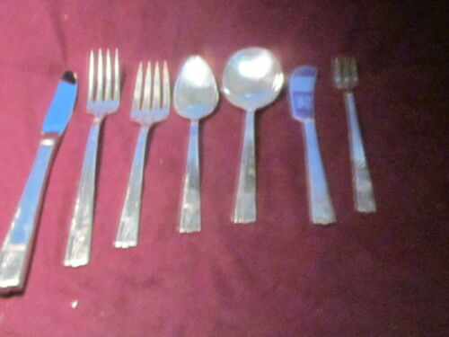 88 pc. Silverplate  1937 Nobility Caprice
