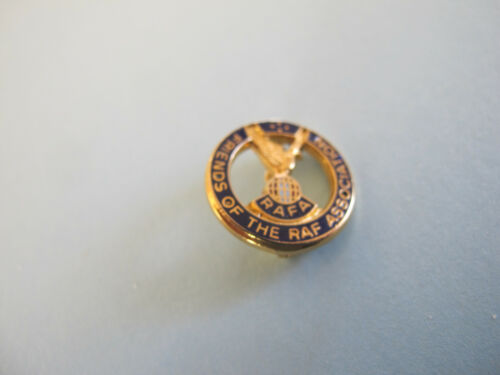 Friends of the RAF Royal Air force Association Badge 1939 - 1945 (WWII) - 13977