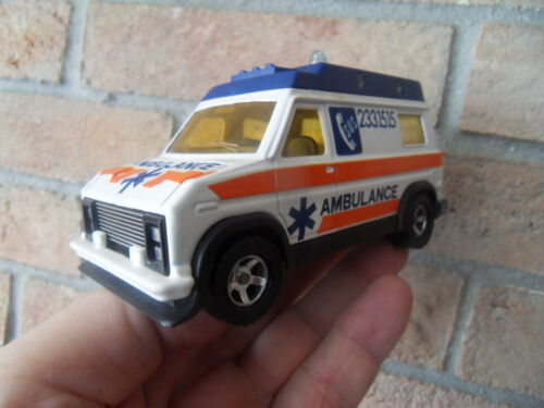 Vintage toys CAR ancien jouet Majorette camion 1/36 Van USA Ford Ambulance