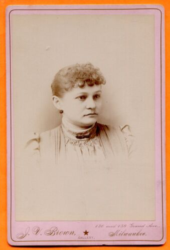 Milwaukee, WI, Portrait of a Young Woman, by Brown, circa 1880s
