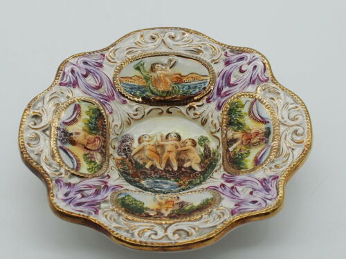 Capodimonte - Wall Hanging Plate 3855  Made in Italy c.1950