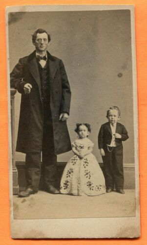 CDV Portrait of Commodore Foote with Father & Sister, circa Early-1860s