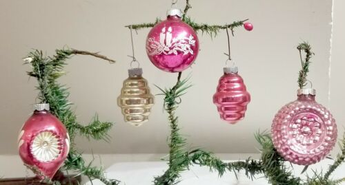 Five various shaped Shiny Brite Christmas Ornaments. 1950s. USA made. Colorful!