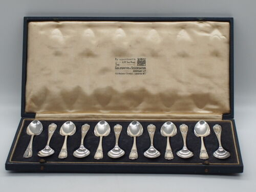 Sterling Silver Boxed Tea Spoons - The Goldsmiths & Silversmiths Company London