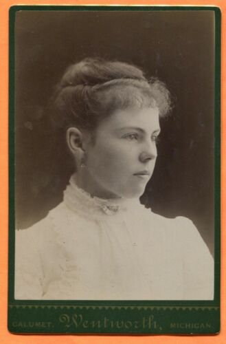 Calumet, MI, Portrait of a Young Woman, by Wentworth, 1887 Backstamp