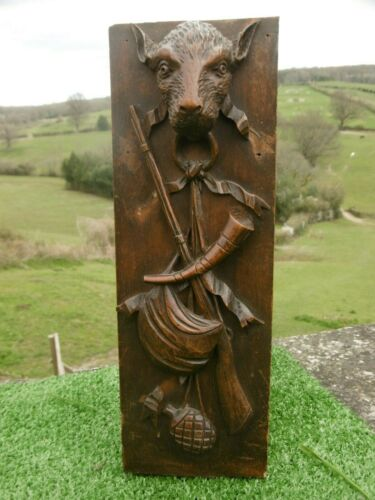 ANTIQUE 19thc BLACK FOREST OAK CARVED HUNTING PANEL WITH ANIMAL HEAD IN RELIEF