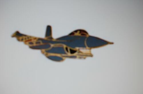 US USA F-16 Falcon Aircraft Large Military Hat Lapel PinOther Militaria - 135