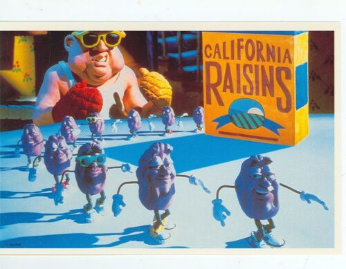 """CALIFORNIA RAISINS CLAYMATION """"PLAYING WITH YOUR FOOD"""" ON POSTCARD (1*)"""