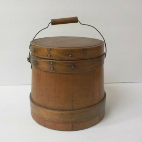 """Antique 6.75"""" Sugar Bucket / Firkin with Lid, 3-Finger Lapping, Copper Nails"""