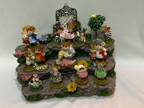 Great Log Display with Flowers for Wee Forest Folk WFF not Included