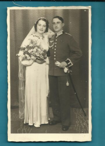 #H58. WWII POSTCARD OF GERMAN SOLDIER AND BRIDE1939 - 1945 (WWII) - 13977