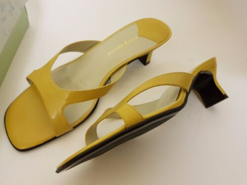 USED WITH BOX EASY SPIRIT LEATHER GOLD / YELLOW SANDALS / SHOES UK 7