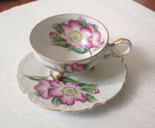 Vintage 3-footed tea cup and saucer pink Roses and gold trim Eggshell Porcelain