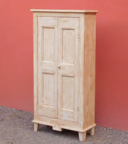Armadio stipo dispensa due ante, laccato Shabby Chic, ripiani interni, L 76 cm!