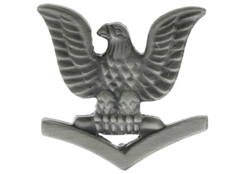 US Navy 3rd Class Petty Officer Crow left pewter Hat or Lapel Pin H14458 D102Navy - 66533