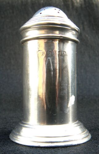 HALLMARKED SOLID STERLING SILVER PEPPER POT ENGLAND 1901