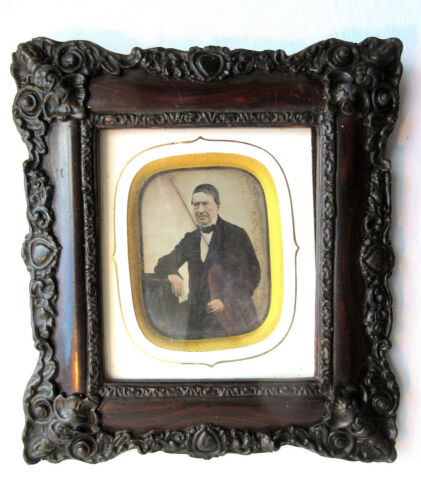 French frame, Napoleon III daguerreotype: portrait of a man sitting at his desk