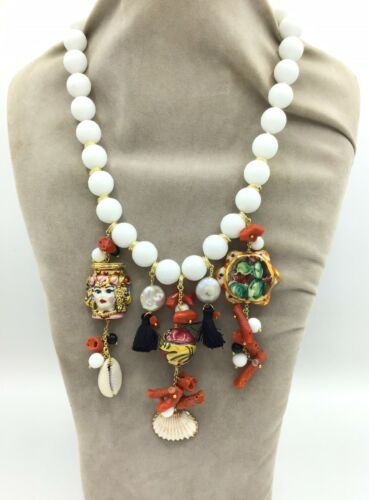 Collier in onice
