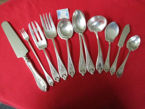 (11) 1847 Rogers Silverplate Serving Pieces, 1911 Old Colony   #13