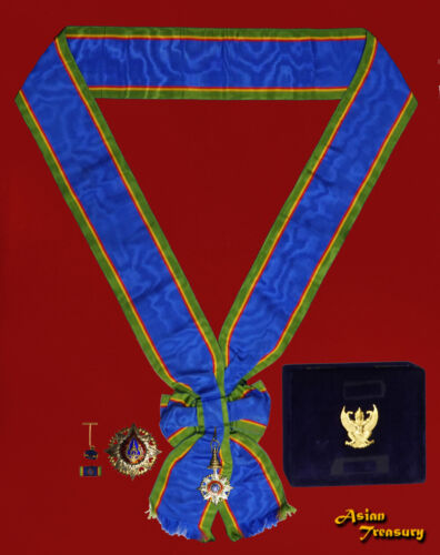 1957 THAILAND MEDAL KNIGHT GRAND CROSS MOST NOBLE ORDER OF THE CROWN BOX SET Original Period Items - 13982