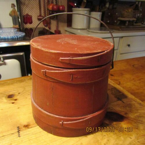 """VINTAGE SMALL FIRKIN  WITH WIRE BAIL HANDLE- 6 1/2"""" TALL - 3 BENTWOOD BANDS"""