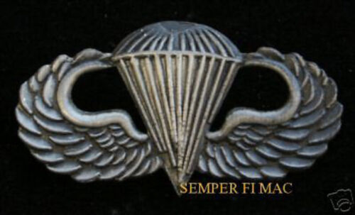ROYAL CORPS OF TRANSPORT CAP BADGE ON A LEATHER STYLE KEY RING.INSERT 2.5 X 4 cm