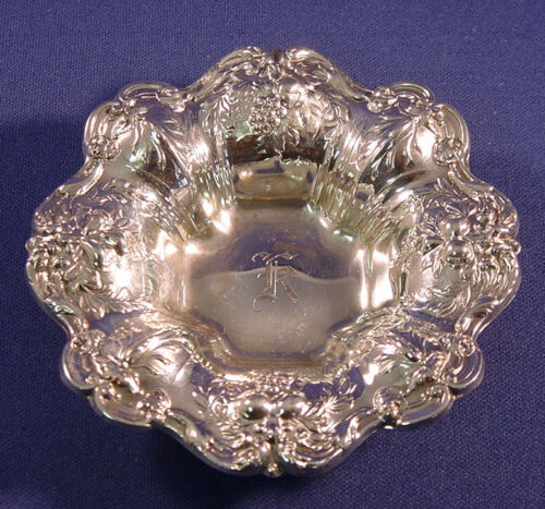 FRANCIS I- REED & BARTON STERLING NUT CUP X569-1951